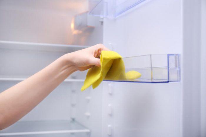 schimmel in de koelkast